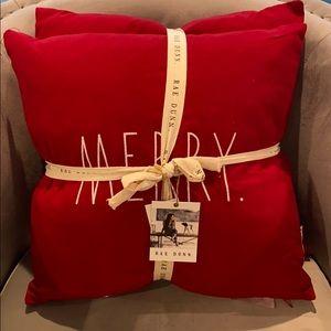 "Rae Dunn ""Merry Christmas"" Set of 2 18x18 Pillows"
